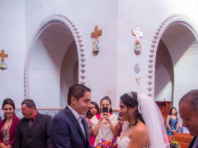 La boda de Carlos y Marissa en La Manzanilla de La Paz, Jalisco 22