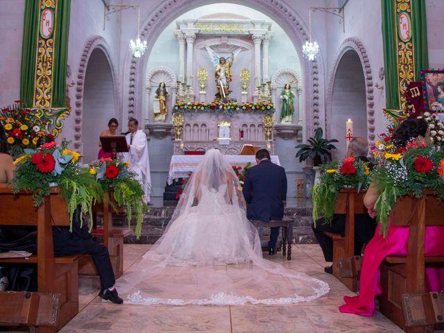 La boda de Carlos y Marissa en La Manzanilla de La Paz, Jalisco 24