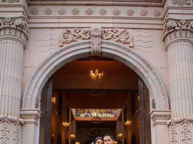 La boda de Carlos y Marissa en La Manzanilla de La Paz, Jalisco 30