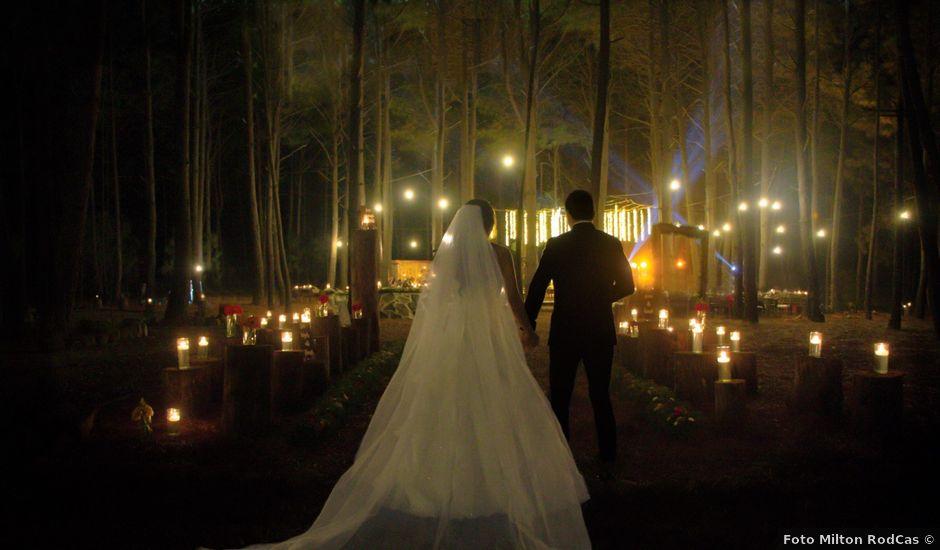 La boda de Carlos y Marissa en La Manzanilla de La Paz, Jalisco