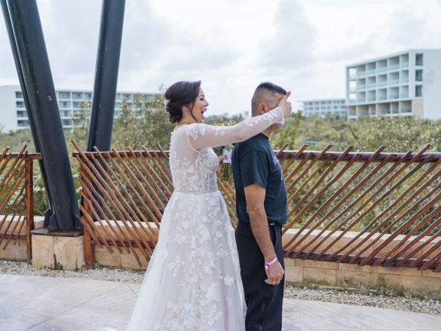 La boda de Jesús y Karina en Cancún, Quintana Roo 34