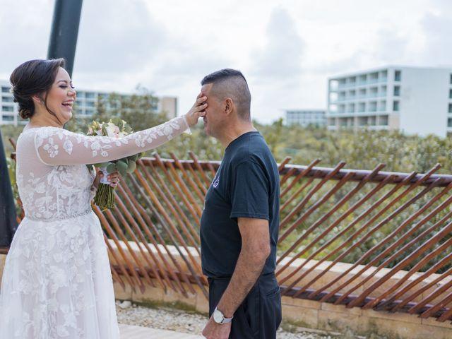 La boda de Jesús y Karina en Cancún, Quintana Roo 35