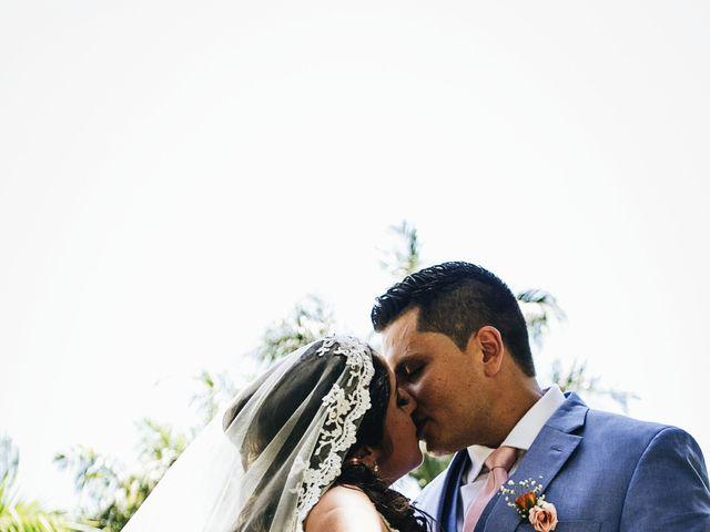 La boda de Axel y Karen en Tonalá, Jalisco 21