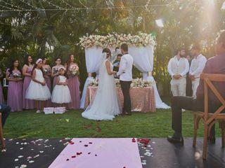 La boda de Taylor y Fernando