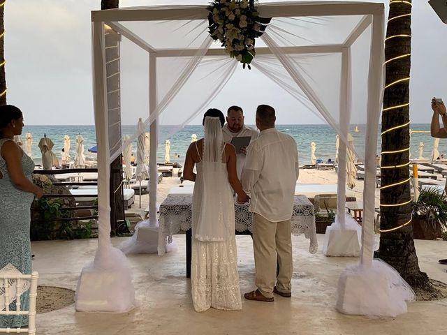 La boda de Alejandra y Frazier