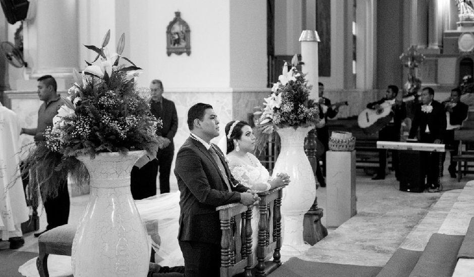La boda de José Armando  y Citlalin Isabel  en Tuxpan, Jalisco