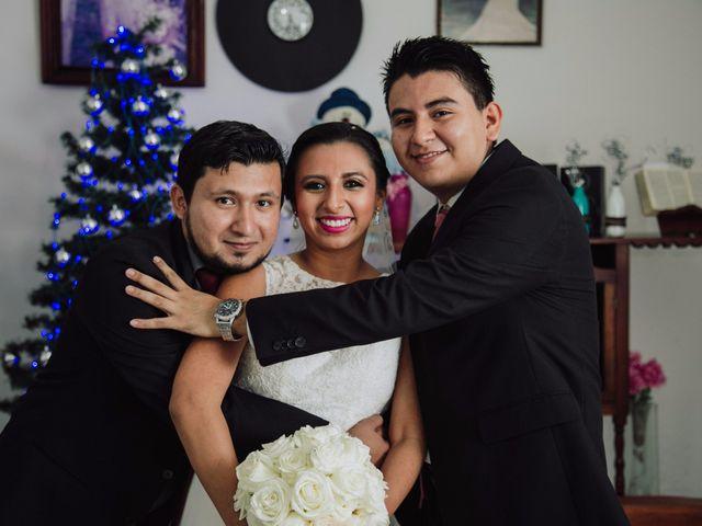 La boda de Adrian y Laura en Tapachula, Chiapas 8