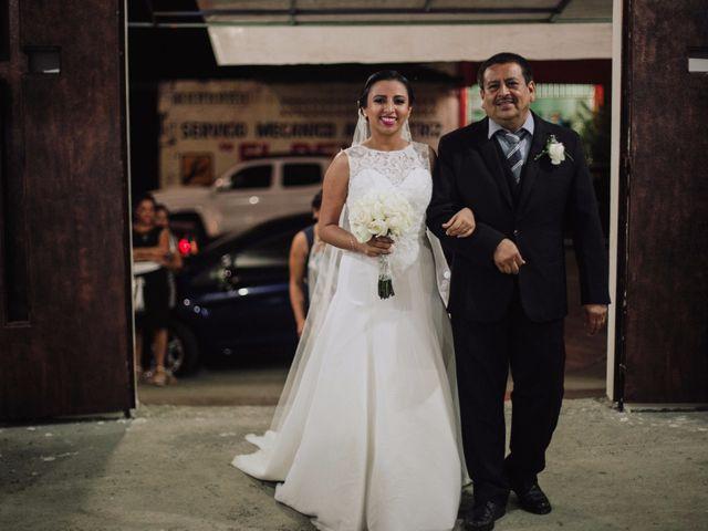 La boda de Adrian y Laura en Tapachula, Chiapas 11