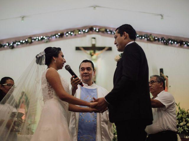 La boda de Adrian y Laura en Tapachula, Chiapas 13