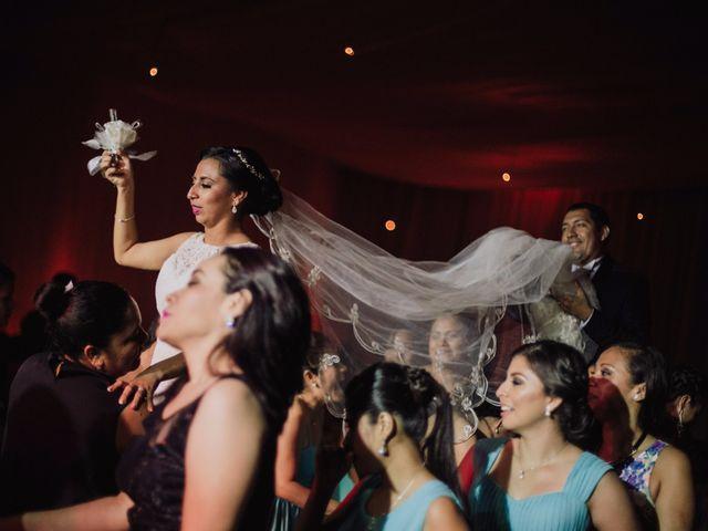 La boda de Adrian y Laura en Tapachula, Chiapas 35