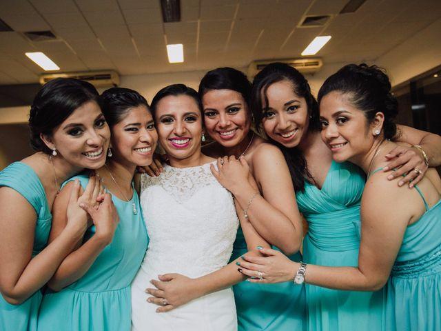 La boda de Adrian y Laura en Tapachula, Chiapas 44