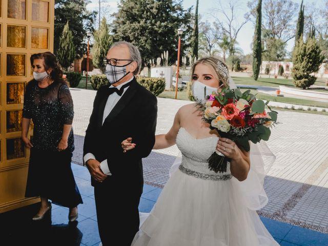 La boda de Carlos y Monica en Guanajuato, Guanajuato 24