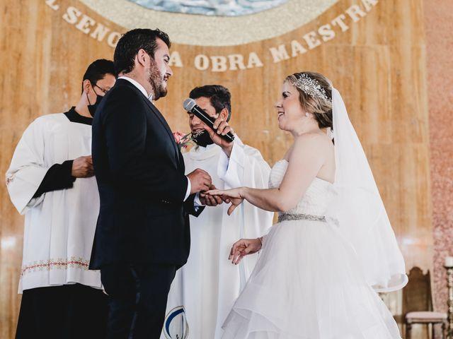 La boda de Carlos y Monica en Guanajuato, Guanajuato 32