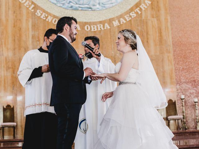 La boda de Carlos y Monica en Guanajuato, Guanajuato 33