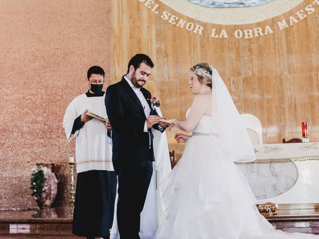 La boda de Carlos y Monica en Guanajuato, Guanajuato 34
