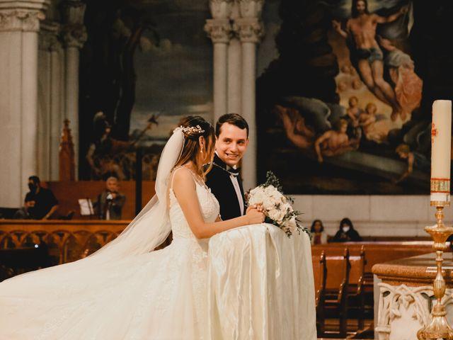 La boda de Marco y Brenda en León, Guanajuato 12