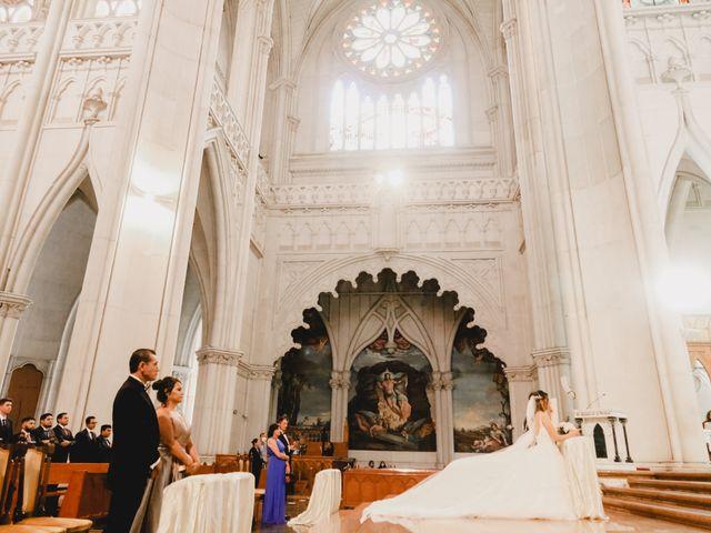 La boda de Marco y Brenda en León, Guanajuato 13