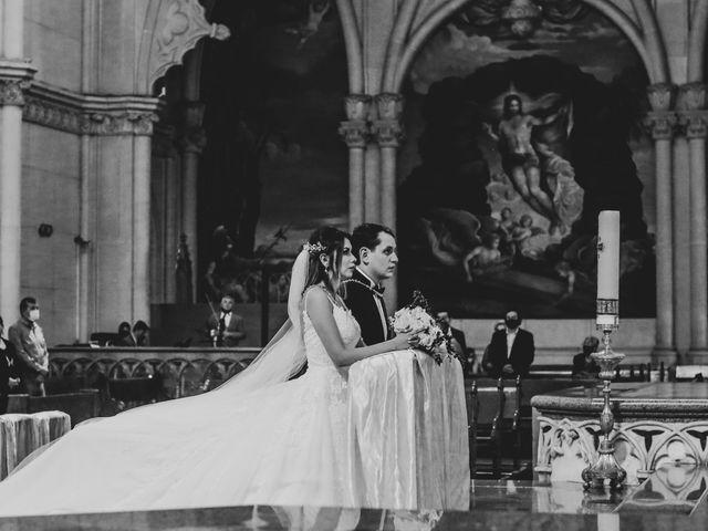 La boda de Marco y Brenda en León, Guanajuato 23