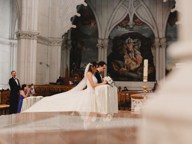 La boda de Marco y Brenda en León, Guanajuato 24