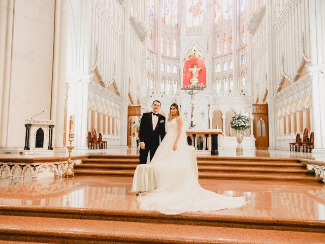 La boda de Marco y Brenda en León, Guanajuato 26