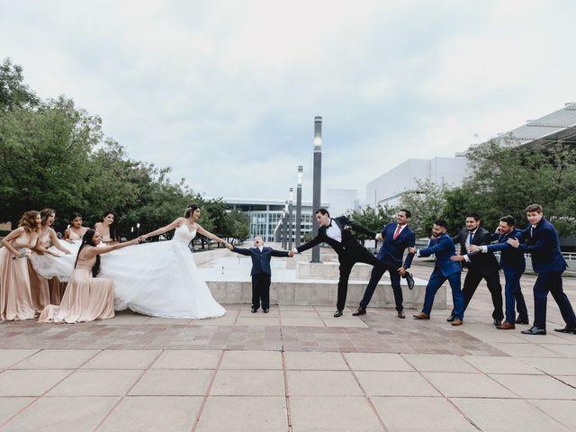 La boda de Marco y Brenda en León, Guanajuato 39
