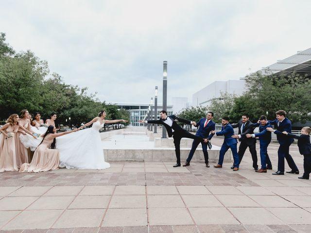 La boda de Marco y Brenda en León, Guanajuato 41