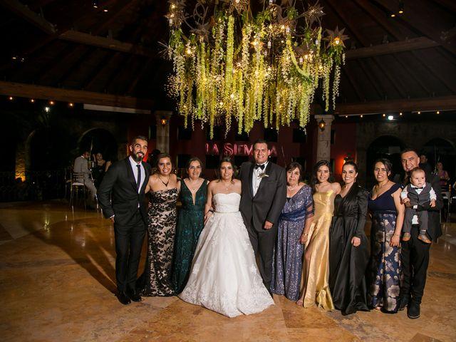 La boda de Diego  y Cen  en Tlajomulco de Zúñiga, Jalisco 12