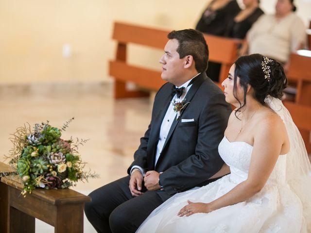 La boda de Diego  y Cen  en Tlajomulco de Zúñiga, Jalisco 27