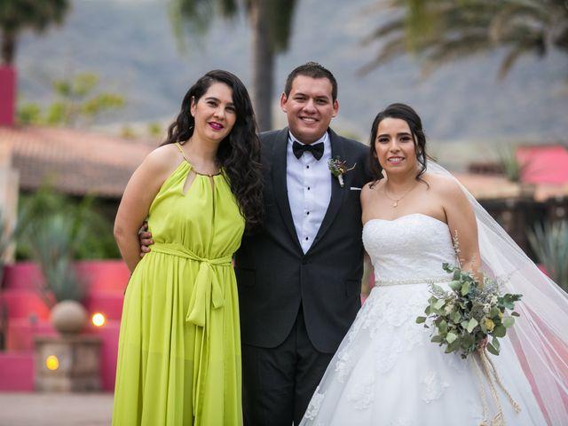 La boda de Diego  y Cen  en Tlajomulco de Zúñiga, Jalisco 30