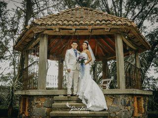 La boda de Samantha y Ares 2