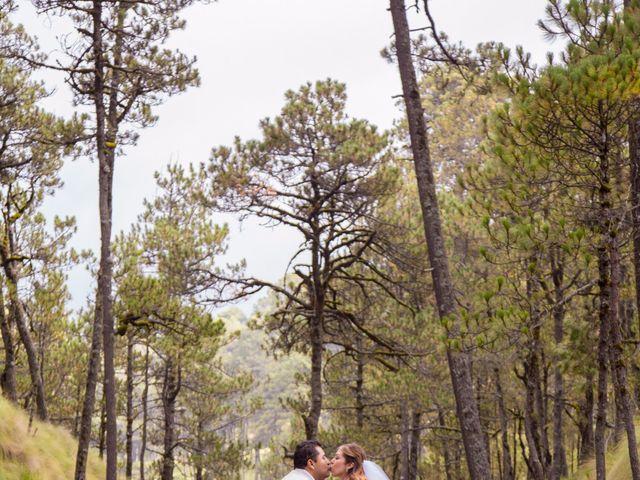 La boda de Alex y Yaya en Amecameca, Estado México 15
