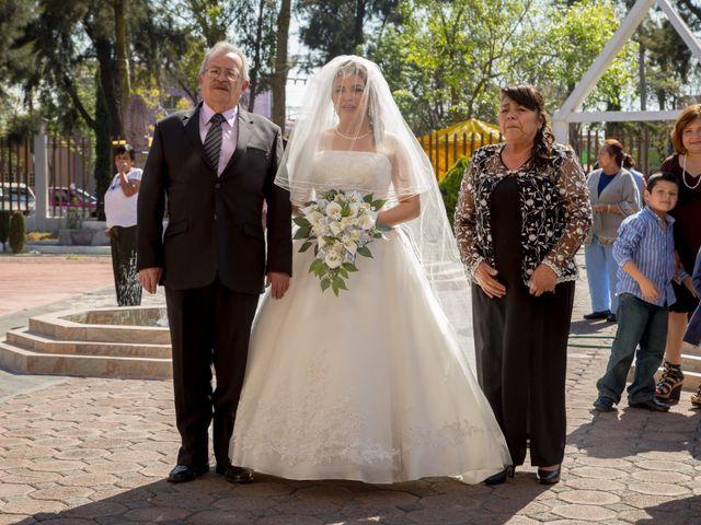 La boda de Ángel y Silvia en Ecatepec, Estado México 29