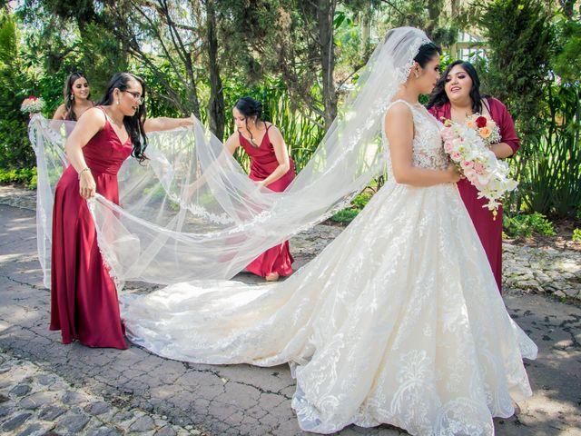 La boda de Héctor y Saridandy en San Andrés Cholula, Puebla 6