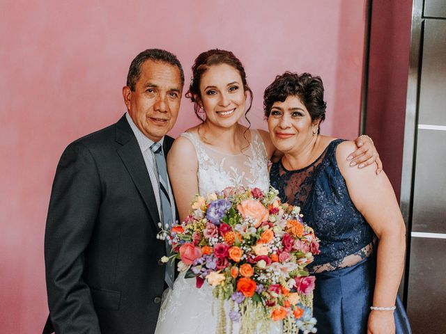 La boda de Uriel y Gabriela en Tepotzotlán, Estado México 16