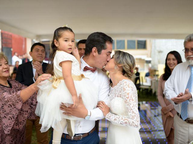 La boda de Erick Raya y Elena Pimentel en Morelia, Michoacán 32