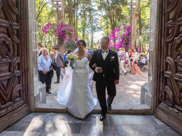 La boda de Marco y María  en Tepotzotlán, Estado México 25