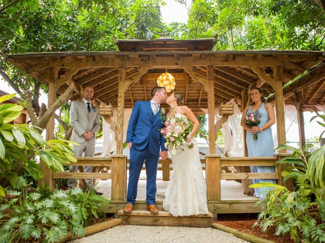 La boda de Steve y Ginger en Ensenada, Baja California 11
