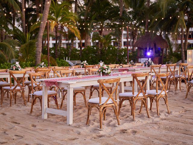 La boda de Marcos y Dayana en Cozumel, Quintana Roo 36