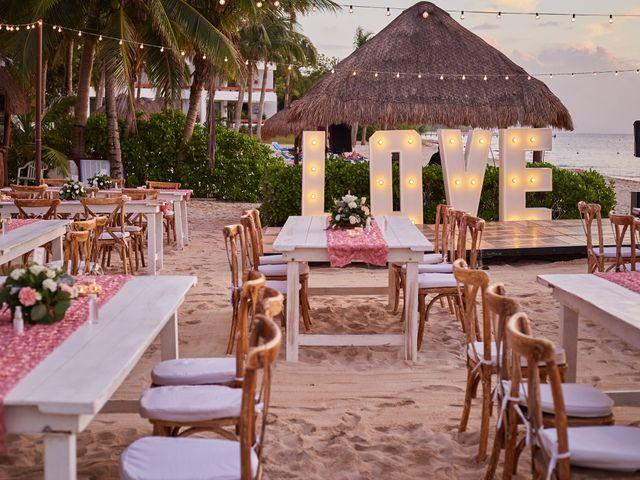 La boda de Marcos y Dayana en Cozumel, Quintana Roo 37