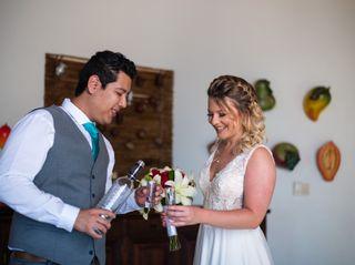 La boda de Karina y Josue 2