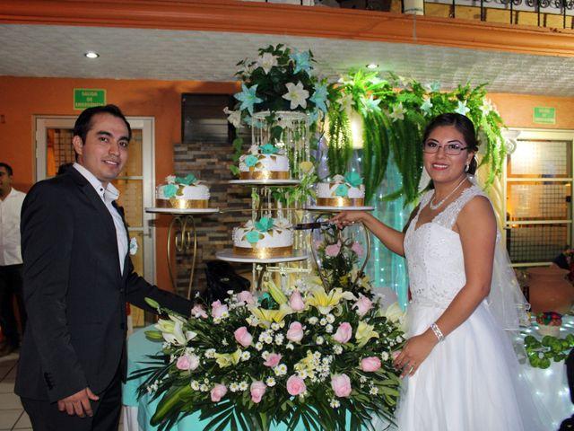 La boda de Luis y Sarahi en Coatzacoalcos, Veracruz 18