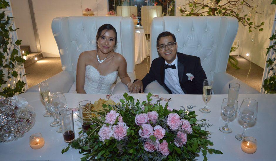 La boda de Michel Rubén y Flor Ángeles en Tlajomulco de Zúñiga, Jalisco