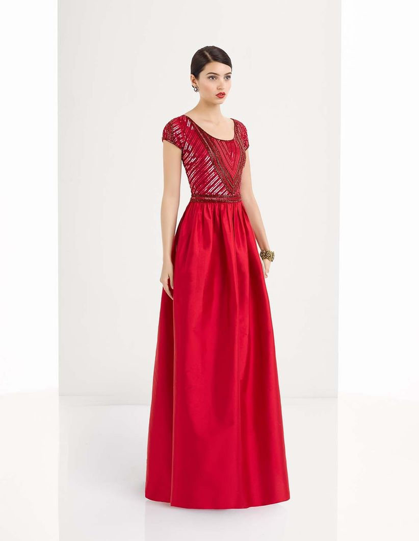 45 vestidos rojos de noche que te hipnotizarán - bodas.com.mx 31fa487e5326