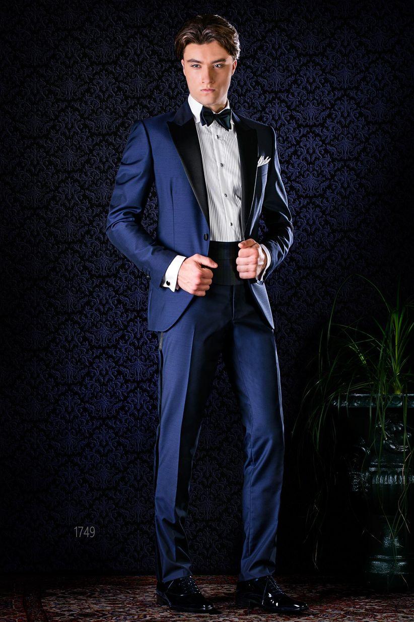df7c1b11c3b87 45 trajes de novio azules  el color de los diseñadores - bodas.com.mx