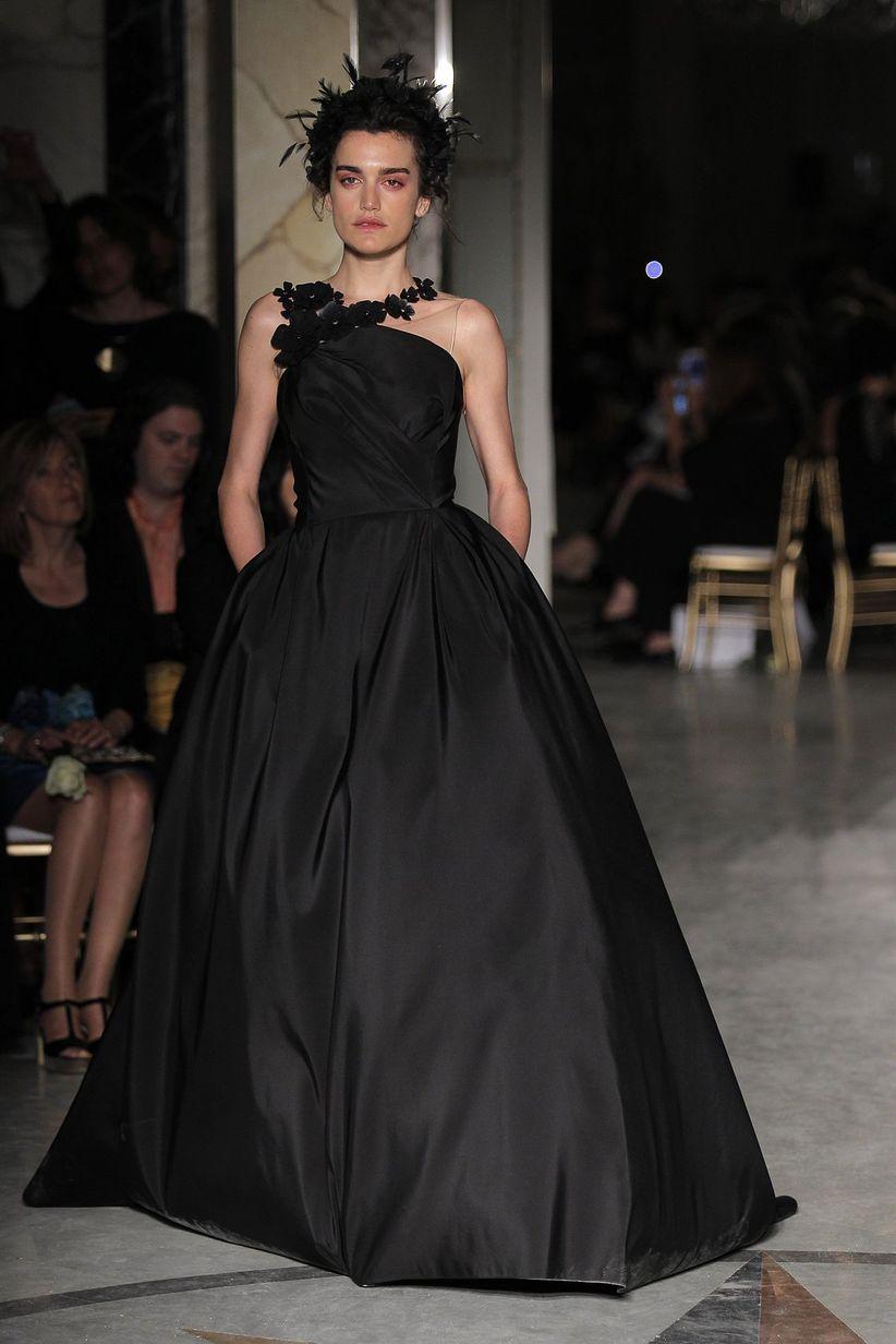 90 imágenes de vestidos de noche  tendencias que te harán brillar ... 4064581366d8