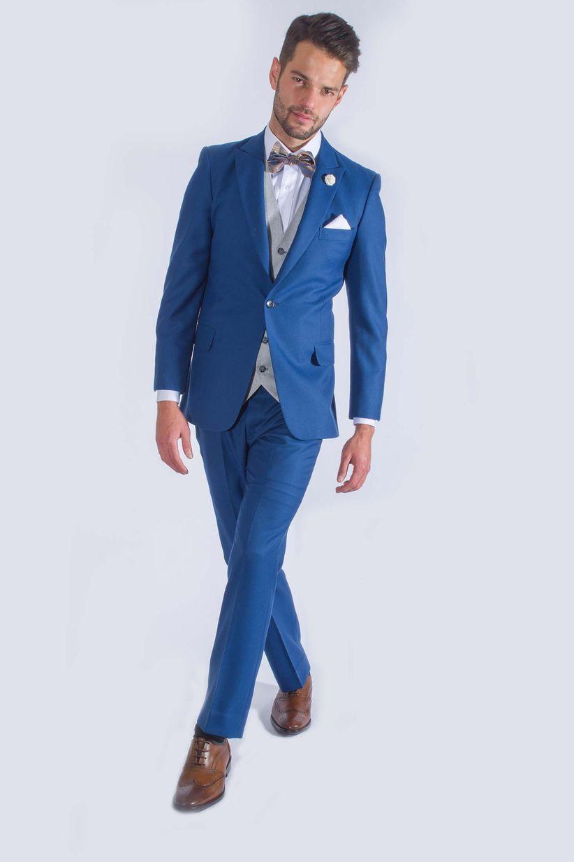 d09c427cdc66 Trajes Para Hombre Azul Marino Con Moño - #1 jersey hombre