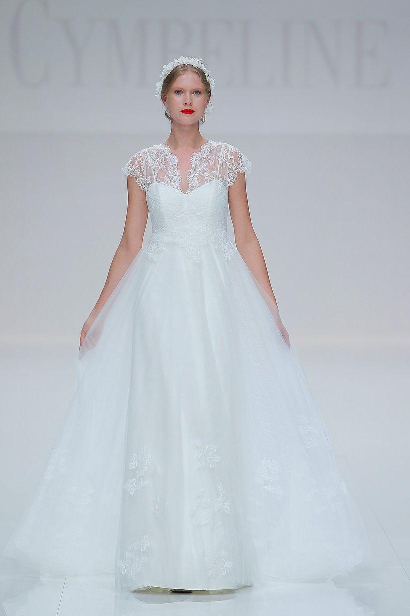 El romanticismo juguetón de los vestidos de novia Cymbeline 2019 ...