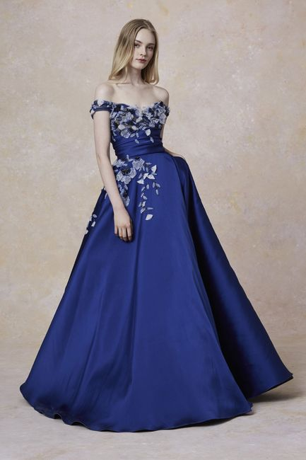 45 Vestidos De Noche Azul Rey Para Brillar Como Invitada