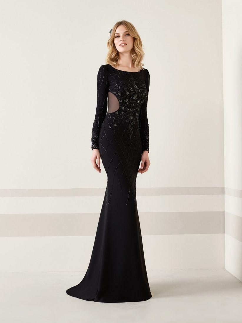 Vestido negro para matrimonio de noche