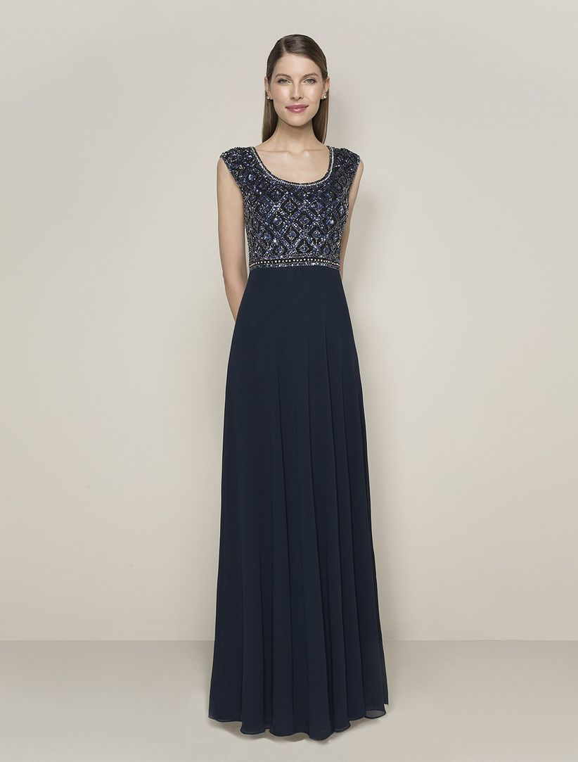 Como decorar un vestido negro para una boda